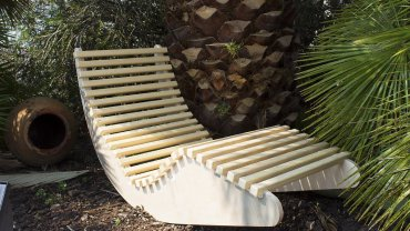 Relaxing bed / Lounger
